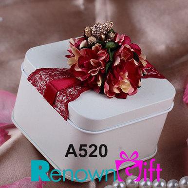 red velvet white tin box
